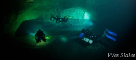 Diving big caves